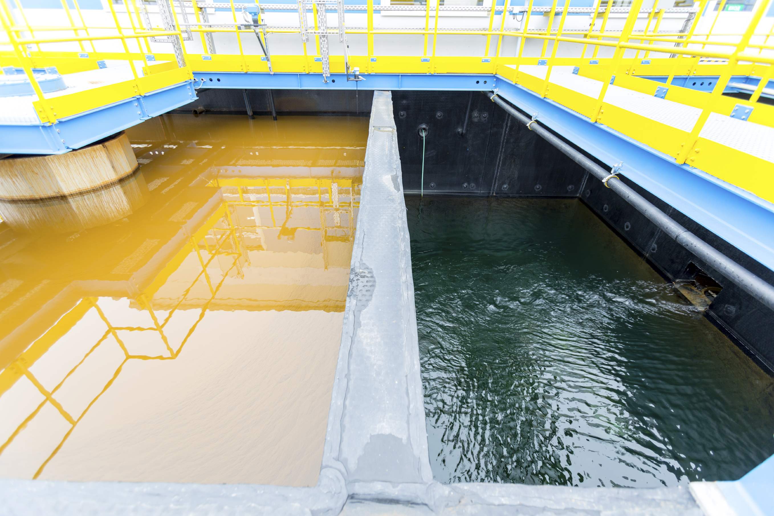 Waste water clarification stage
